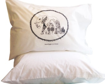 ELEPHANT SINGLE PILLOWCASE Never Forget Your Dreams great for Kids' Room