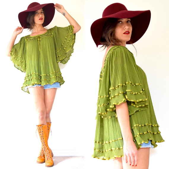 SUMMER SALE/ 30% off Vintage 70s Avocado Green Cotton Gauze Box Neck Angel Wing Tunic