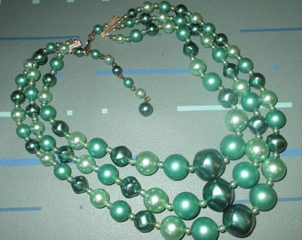 Vintage 50s Green Faux Pearl Triple Strand Bead Necklace