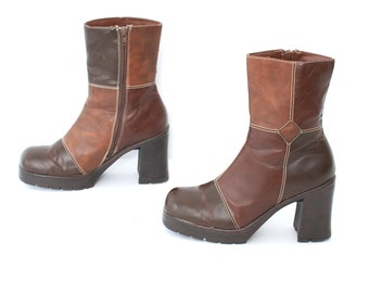 size 8.5 PLATFORM brown vegan leather 80s 90s CHELSEA zip up high heel GRUNGE ankle boots