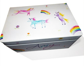 Personalized Unicorn and Rainbow Keepsake Box / Memory Box / Personalised Kids Storage Box /Nursery Decor / Girls Bedroom