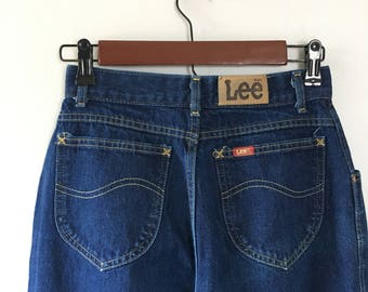 Dark denim Lee jeans 24 waist pleated front jeans