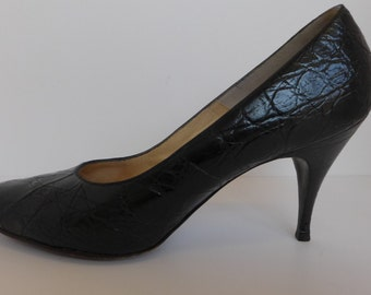 Vintage 60s Black Alligator Pumps Size 7.5 N