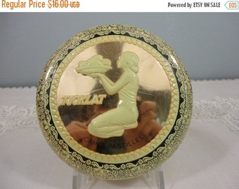 Holiday Sale Vintage Dutch Tjoklat Camee Pastilles Candy Tin