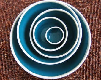 Nesting Bowls in Peacock Blue/Green, Wedding Gift, Large Set of Pottery Serving Bowls, Hand Thrown Stoneware