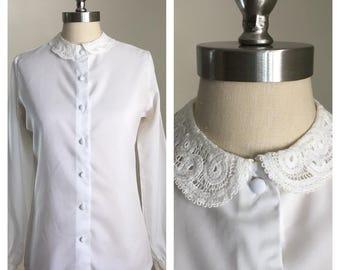 80s Jamboree White Blouse with Crochet Peter Pan Collar, Size Medium