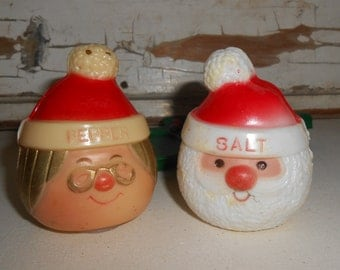 Vintage Christmas Salt And Pepper Set, Vintage Santa Salt and Pepper, Vintage Christmas Decor