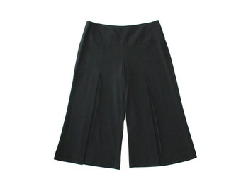 1990's Pleated Front Bell Bottom Capri Pants