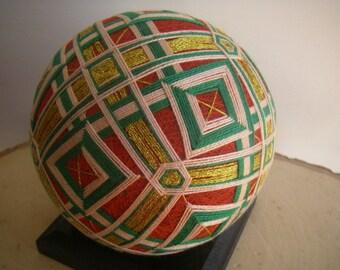 Hand made Temari ball (red,green)