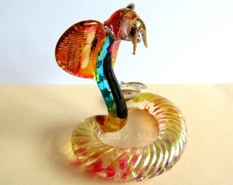 Unique Opalescent COBRA SNAKE Hand-Blown Painted Glass Animal Figurine Collectible,Snake Glass,Snake Figurine,Snake Collector,Miniatures