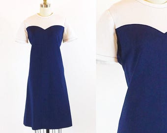 Vintage 1960s Mod Sweetheart Dress | Medium - Large