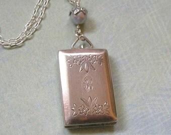 Antique Art Deco Sterling Silver Locket With Etched Flowers, Sterling Locket Necklace, Old Sterling Locket (L253)