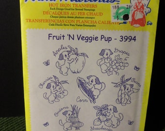 Vintage Aunt Martha's Fruit 'N Veggie Pup 3993 Hot Iron Transfers Colonial Patterns