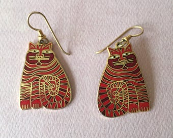 "Vintage ""RAINBOW CATS"" Laurel BURCH Signed Enamel pierced Earrings with Gold Trim"