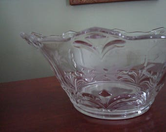 Beautiful Large Clear Glass Etched Victorian Style Large Serving Bowl, Wedding, Bridal, Gift, 1930s, Birds, Flowers, Scalloped, Fleur de Lis