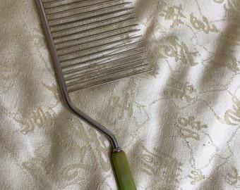 Vintage Cake Comb Knife with Bakelite Handle