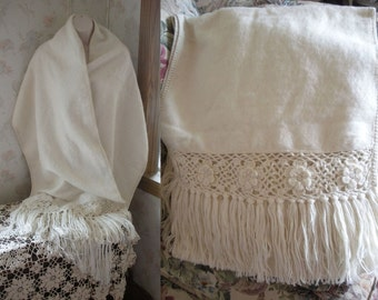"""c 1960s-70s """"ALPACA Made in Peru"""" LABEL Ivory Color Shawl/Wrap 98"""" x 19"""" Crocheted Edges & Rosettes-Long Fringe CouldDisplay on Sofa ESTATE"""