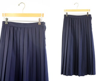 90's Classic Retro Lloyd Brand Navy Blue Made in USA Midi Length Vintage Pleated Skirt