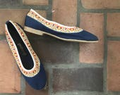1970er Jahre Jahrgang Vegan Boho Heuschrecken blau bestickte Schuhe 9