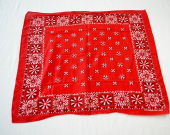 Vintage TOWER Guaranteed Fast Color RED All Cotton Bandana Made In USA rn 13960