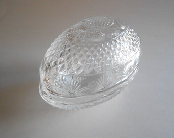 Crystal Trinket Dish Avon Vintage 1977 Egg Shaped Box Jewelry Box Mother's Day 1977 Candy Dish Soap Dish Vanity Decor Avon Collectible