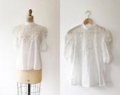 vintage lace blouse / white lace blouse / Sweet Chevron blouse