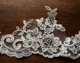 SALE IVORY Lace Veil Trim for Bridal, Garments AL 6