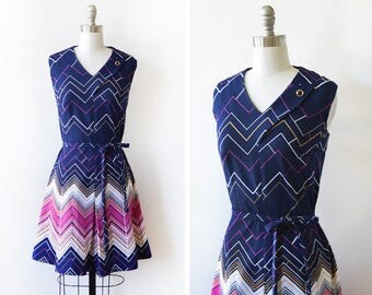70s chevron dress, vintage 1970s mod dress, blue and pink pleated mod scooter dress, small s