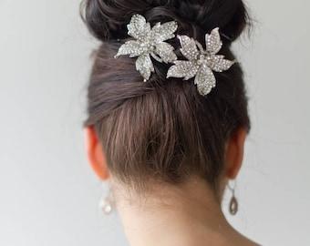 Bridal Hair Clip, Crystal Hair Clip, Wedding Hairpiece, Bridal Hair Adornment, Crystal Headpiece, Wedding Flower Hair Clips