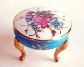 Vintage Tiny Hand-Painted Porcelain Limoges Box - Three-Footed French Ceramic Box - Three Footed - Gold Gilding - Made in France - Has CRACK