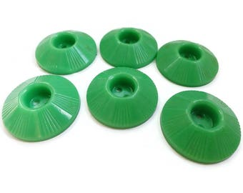 10 Spring Green Vintage Buttons - 1940s Antique for Sewing Knitting Jewelry Supplies Beads