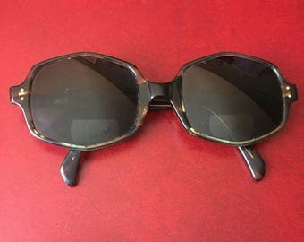 Vintage AO American Optical Octagon Tortoise Shell Glasses / Sunglasses - Retro Eyewear, Made in the USA