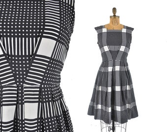 "vintage 50s full skirt dress / graphic plaid pique dress  / 1950s black and white geometric dress  .. 28"" waist"