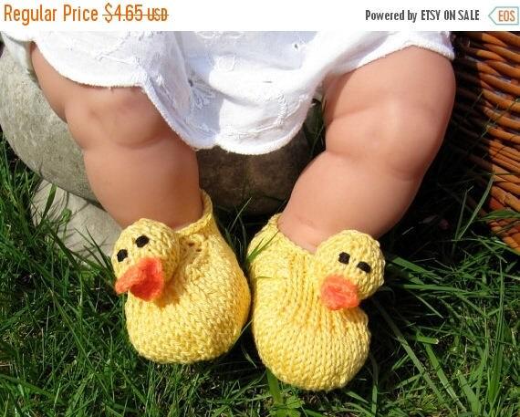 50% OFF SALE Digital file pdf download knitting pattern madmonkeyknits Baby Rubber Duck Shoes pdf download knitting pattern