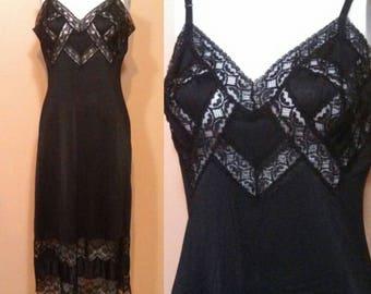 Van Raalte Gown Slip ~ Van Raalte black lace slip / Geometric cut out lace ~ full slip ~ Nylon slip ~ Gothic Beauty