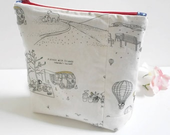 Travel to Finland Linen Bag/Linen Zipper Pouch/Linen Bag/Zipper Pouch/ Cosmetic Bag/Travel Bag/Makeup Bag