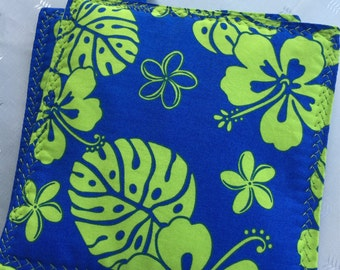 NEW, 2017, Pot Holders, Hawaiian Print, Green and Blue, Cotton Pot Holders, Kitchen, Dining, Home, Living, Cotton, Trivets