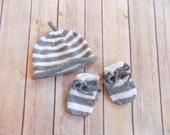 Newborn Hat and Mittens Mitts Set