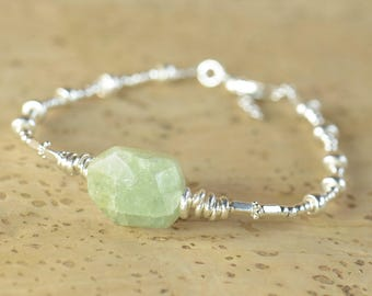 Green Garnet and sterling silver Bracelet, Genuine Natural Garnet Jewelry, 925 Sterling Silver, Beaded Garnet Bracelet