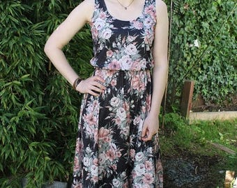 SPRING SALE 70s Midi Dress, Sleevless Dress, Circle Skirt Dress, Black and Pink, Rose Print, Floral Dress, Secretary Dress, Minimal Dress, S