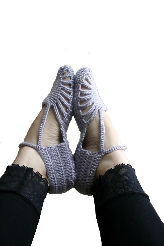 Hand Crochet Silver Gray Slippers / gift for her / home slippers / bridal slippers