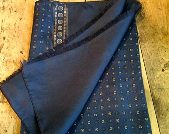 Vintage  Men's  Navy Double Sided  Scarf