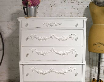 Painted Cottage Chic Shabby French Dresser / Chest CH902
