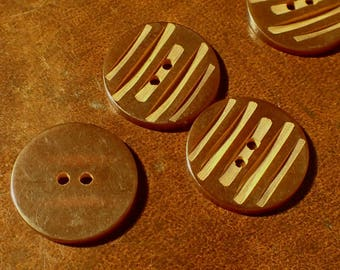 1940's Bakelite Buttons , Brown Carved Bakelite Buttons , Set of 8 Buttons , 3/4 inch Diameter Button