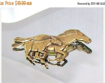 ON SALE Vintage Horse Brooch.  Brass Horse and Colt Pony Figural