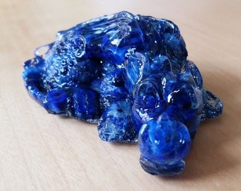 Lapis Lazuli GemChip Baby Dragon ~Taevas~ Gemstone and Resin Dragon Hatchling