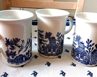 Blue Willow Churchill Willow Mugs Set of 3