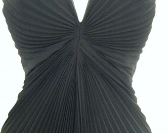 Accordion Pleat MARILYN MONROE style Black  Evening GOWN, formal dress, size 4