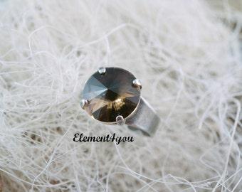 Swarovski smoked topaz round ring, Adjustable ring, Antique silver ring, Brown crystal ring, Swarovski Elements