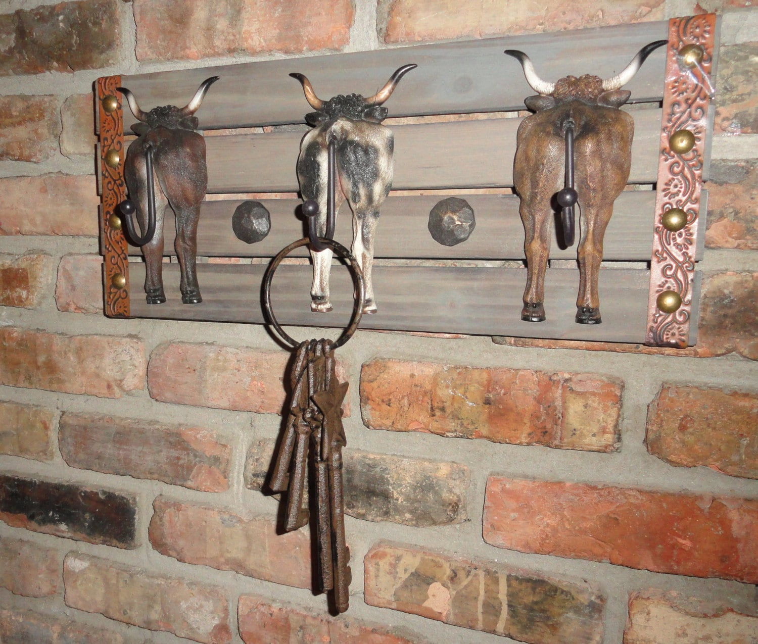 Steers tail prong coat rack hooks texas ranch style wall for Cowboy wall mural
